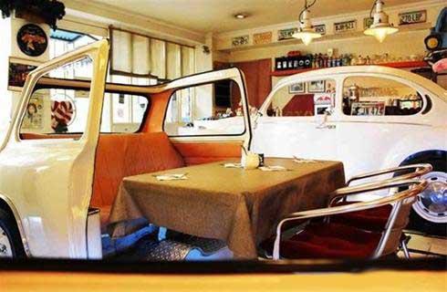 نمایشگاه ماشین در رستوران-namayeshgahe mashin dar resturan