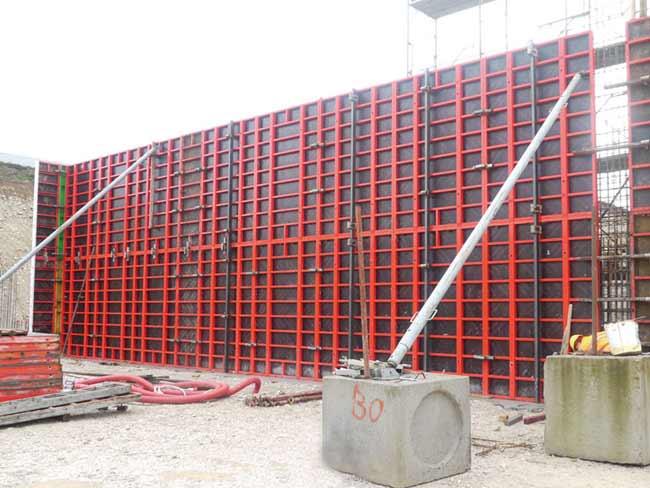 داربست چکشی-داربست مثلثی-قالب ستون گرد-قالب بندی بتن-farsimeeting-داربست های بتنی چکشی-ghaleb bandi beton-قالب فلزی بتن-انواع داربست-جک سقفی-انواع اتصالات قالب بندی-Concrete formwork equipment-شرکت عمودگستر-قالب تخت-پانل مدولار-تجهیزات بتن